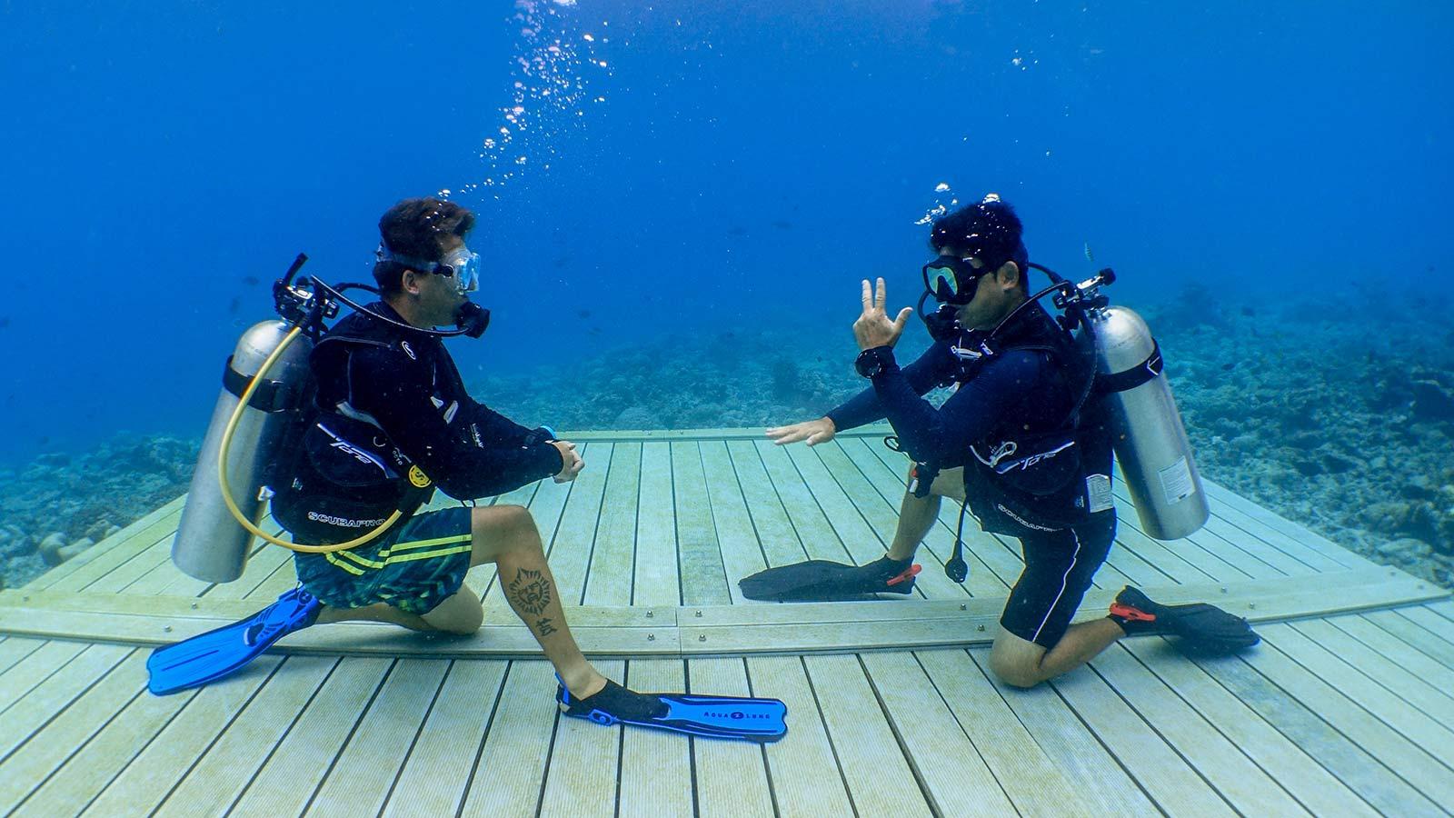 Learn to Dive PADI Maldives